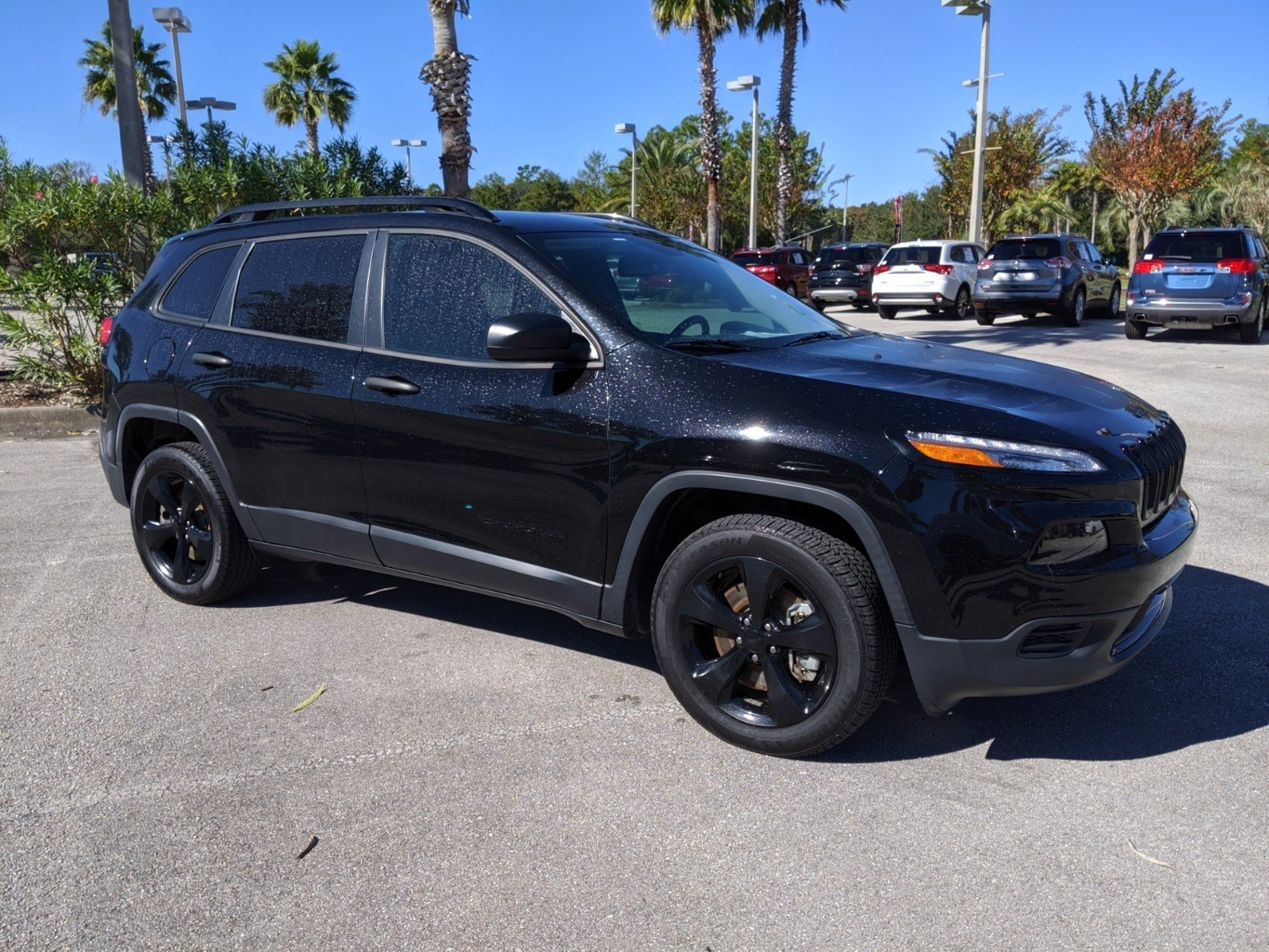 Certified Pre-Owned 2017 Jeep Cherokee Altitude