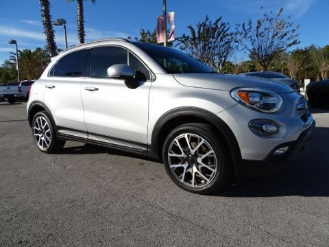 PRE-OWNED 2017 FIAT 500X TREKKING FWD SUV